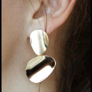 adornmonde blaisot gold asymmetrical earings